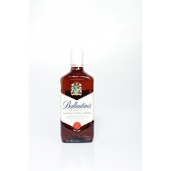 Ballantines Blended Whisky 70CL